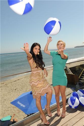 Vanessa Hudgens e Hayden Panettiere al party di Neutrogena