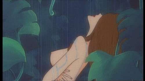 La sensuale Fujiko in una scena del film d\'animazione Lupin III - La Pietra della Saggezza
