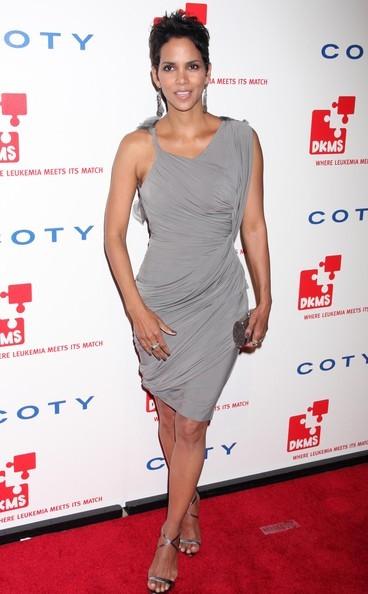Halle Berry ad un evento di beneficenza contro la leucemia