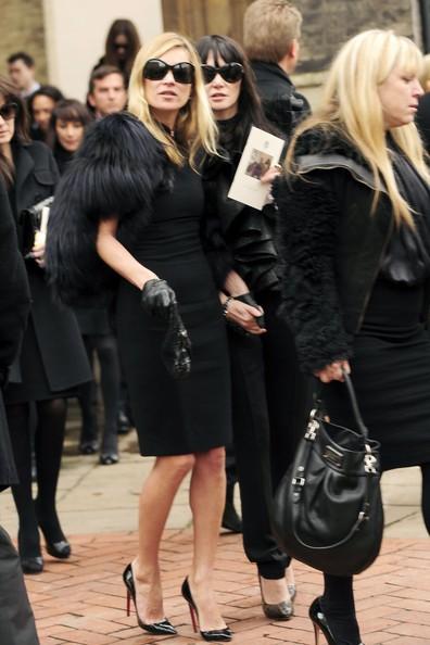 Kate Moss ai funerali di Alexander McQueen