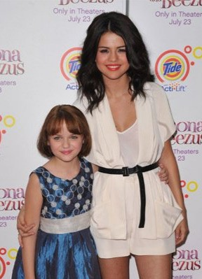Selena Gomez e Joey King alla premiere di Ramona and Beezus a New York