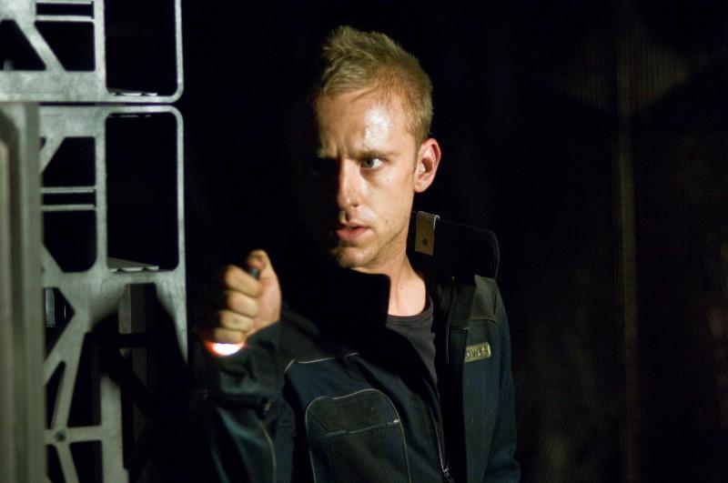 Ben Foster in un momento del film Pandorum