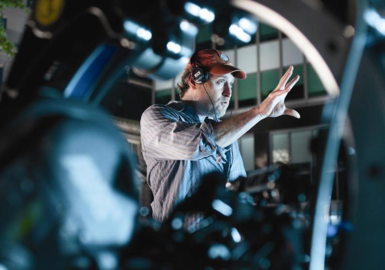 Il regista Jon Turteltaub sul set del film L'apprendista stregone