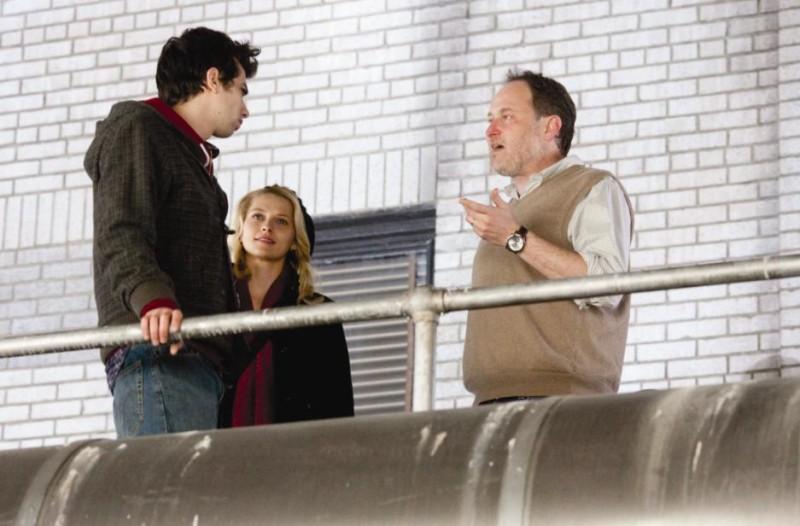 Jay Baruchel, Teresa Palmer e il regista Jon Turteltaub sul set del film L'apprendista stregone