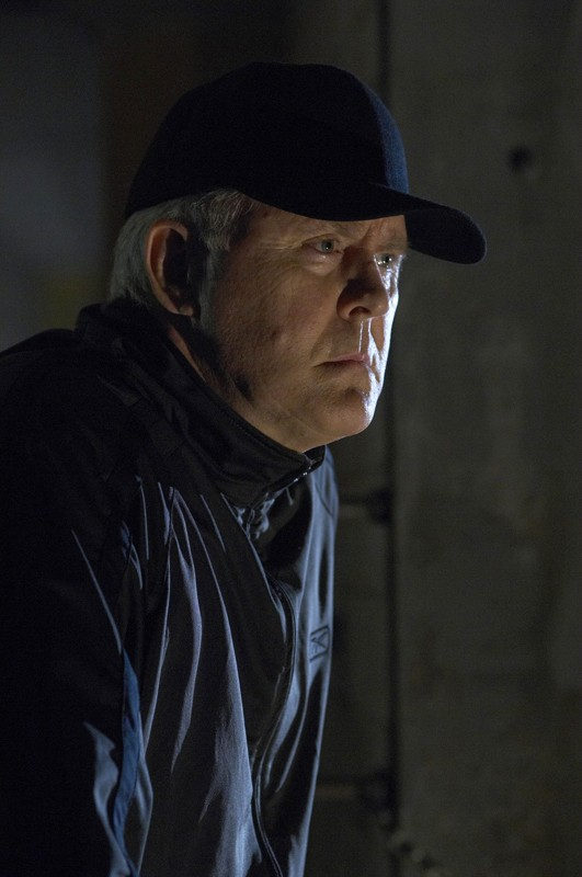John Lithgow in una scena dell'episodio Blinded by the Light di Dexter