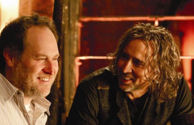 Nicolas Cage e il regista Jon Turteltaub sul set del film L'apprendista stregone