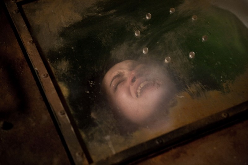 Un'immagine di Karolina Gorczyca dall'horror Time Of Darkness