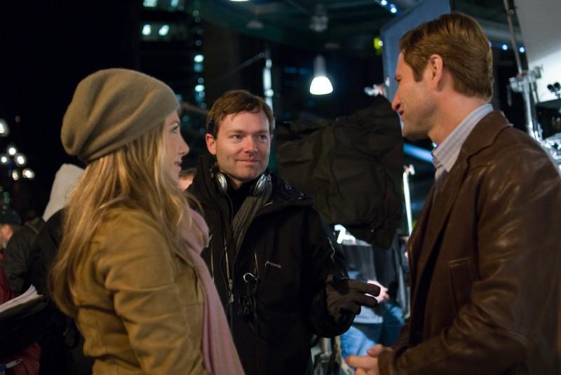 Il regista Brandon Camp con Aaron Eckhart e Jennifer Aniston sul set del film Love Happens