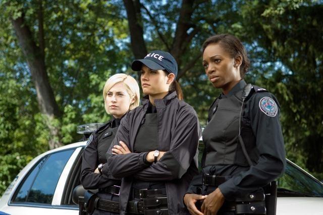 Charlotte Sullivan, Missy Peregrym ed Enuka Okuma nell'episodio Broad Daylight di Rookie Blue