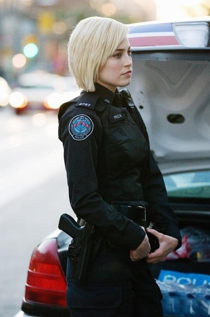 Charlotte Sullivan nell'episodio Hot and Bothered di Rookie Blue