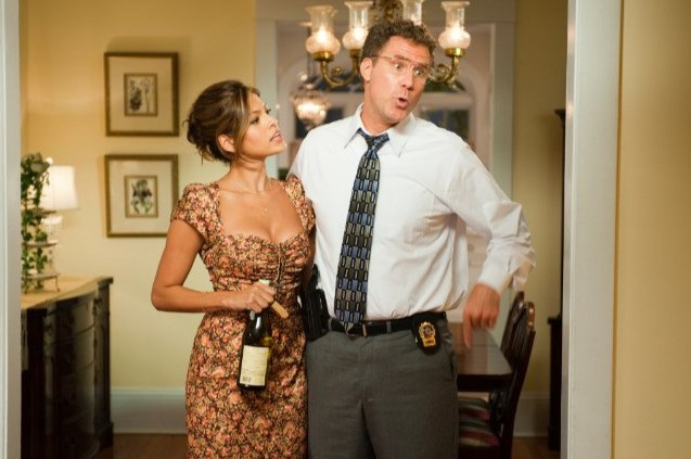 Will Ferrell con Eva Mendes in una scena di The Other Guys