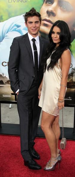 Zac Efron con Vanessa Hudgens alla premiere di Charlie St. Cloud