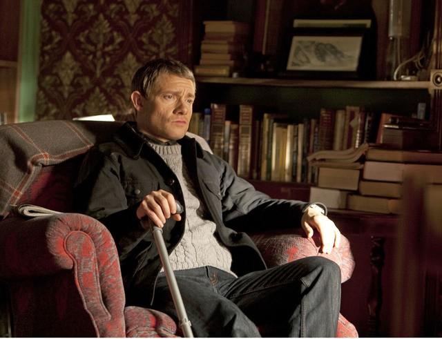 Martin Freeman nel primo episodio della serie Sherlock