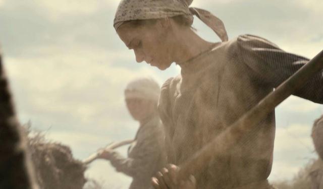 Una bella sequenza del film Beyond the Steppes