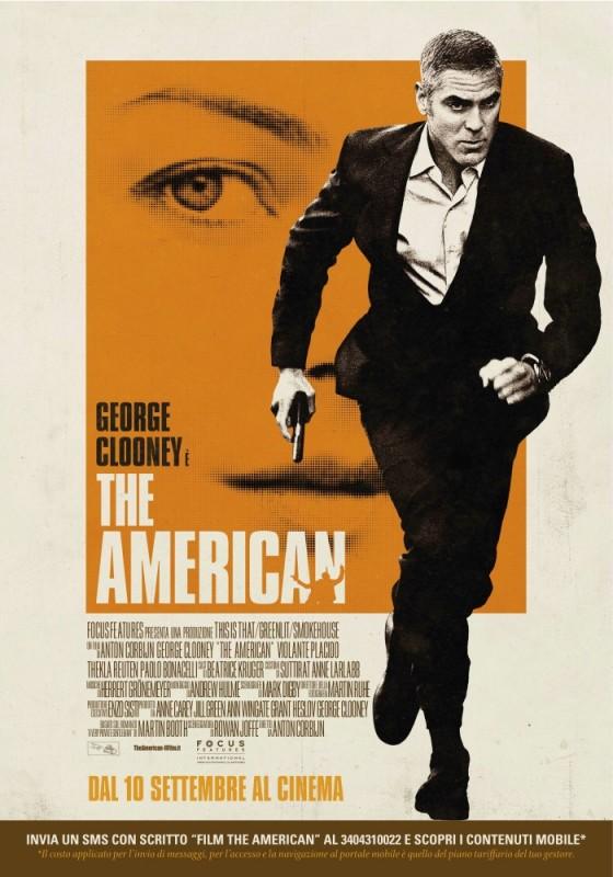 La locandina italiana di The American