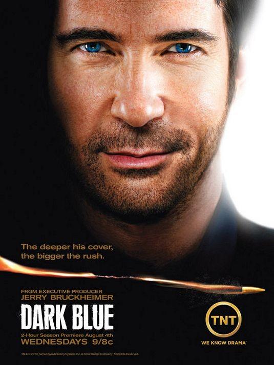 Un poster della stagione 2 di Dark Blue