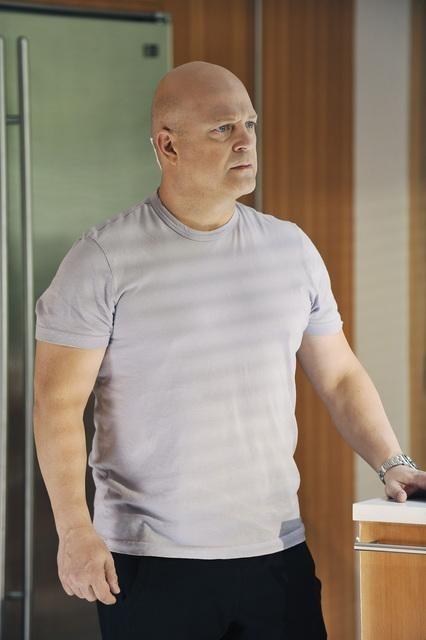 Michael Chiklis nel pilot della serie No Ordinary Family