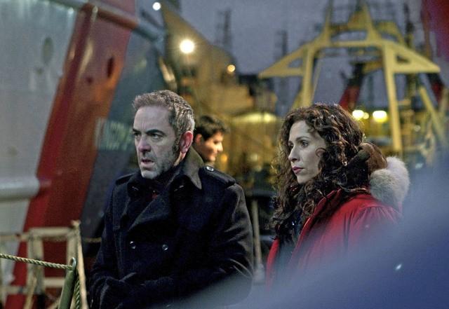 James Nesbitt e Minnie Driver nella miniserie The Deep