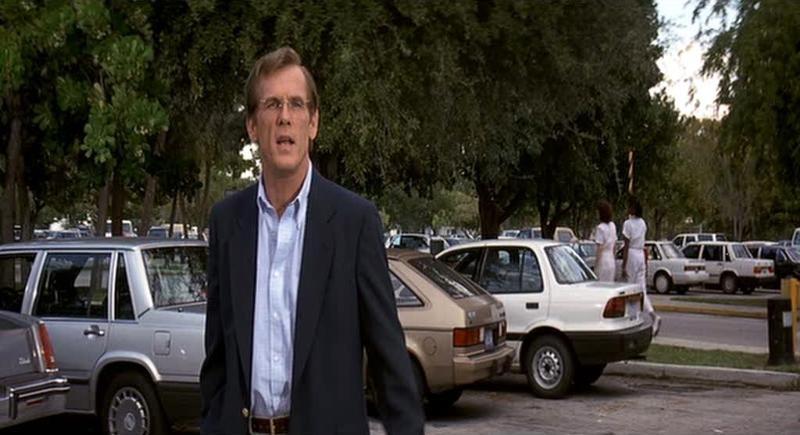 Nick Nolte in una scena del film Cape Fear - Il promontorio della paura (1991)