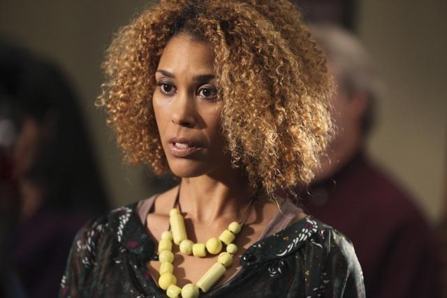 Victoria Gabrielle Platt nell'episodio Breach di The Gates