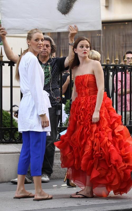 Blake Lively e Leighton Meester a Parigi sul set della quarta stagione di Gossip Girl, il 9 Luglio 2010