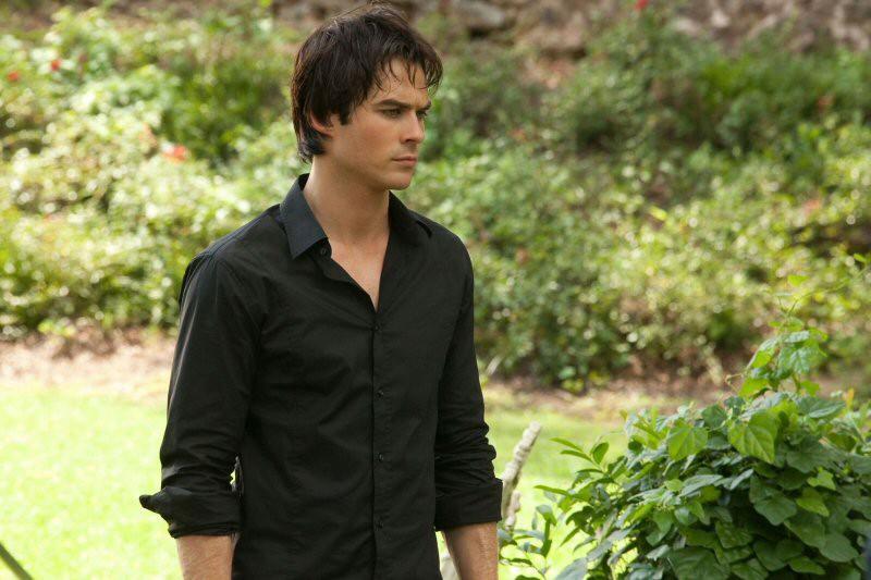 Ian Somerhalder in una scena dell'episodio The Return di Vampire Diaries