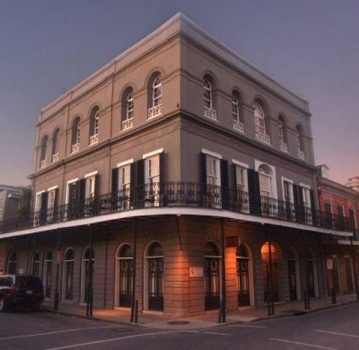 LaLaurie Mansion, acquistata nel 2007 da Nicolas Cage, e rimessa in vendita poco tempo dopo.
