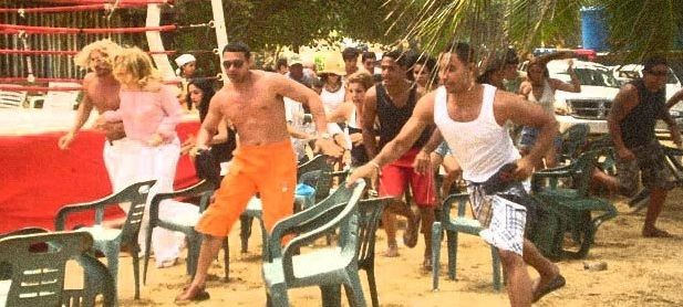 Una movimentata scena del film Caribbean Basterds