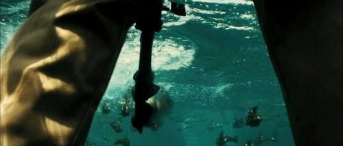 Uno scatto del film Piranha 3D di Alexandre Aja