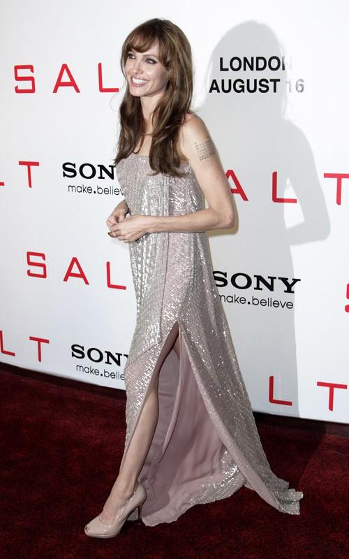 Angelina Jolie alla premiere di Salt, a Londra, Agosto 2010