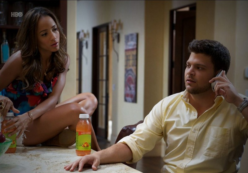 Dania Ramirez e Jerry Ferrara nell'episodio Tequila and Coke di Entourage
