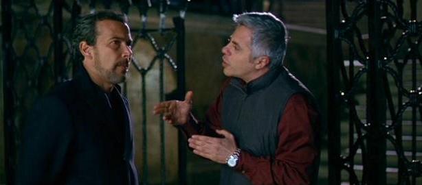 Paolo Sassanelli e Dino Abbrescia in una scena del film La strategia degli affetti