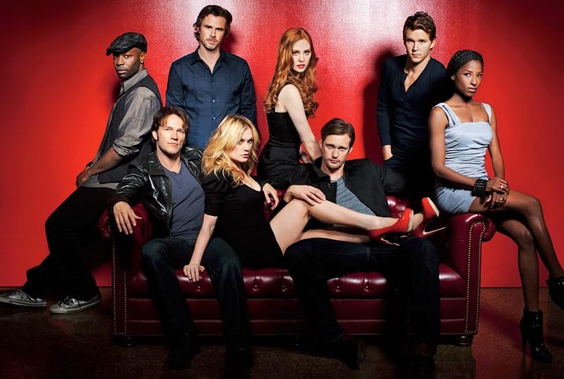 Una foto promo del cast principale della stagione 3 di True Blood