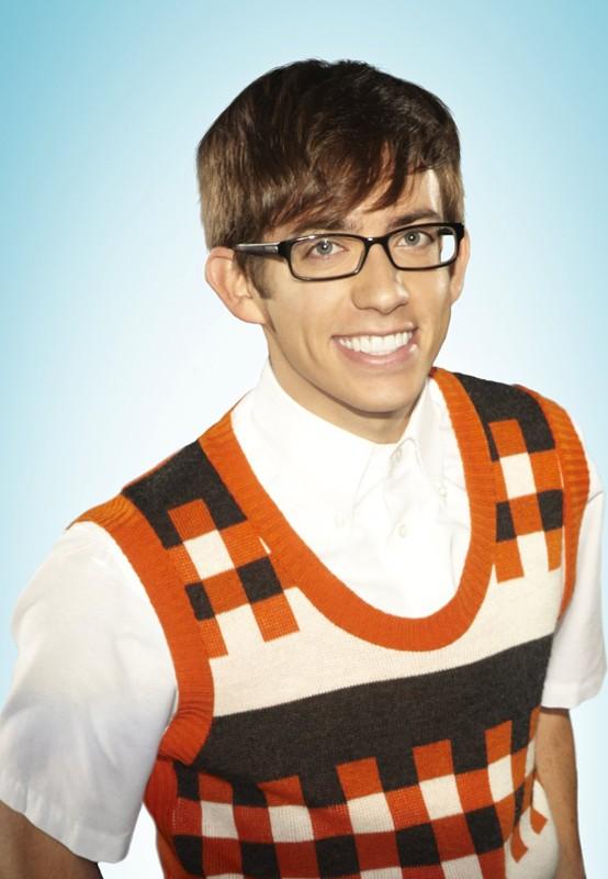 Kevin McHale in una foto promozionale della 2 stagione di Glee