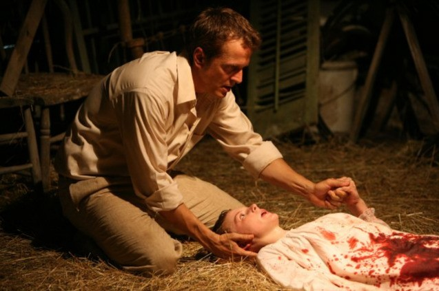 Patrick Fabian nei panni del reverendo Cotton Marcus nel film The Last Exorcism