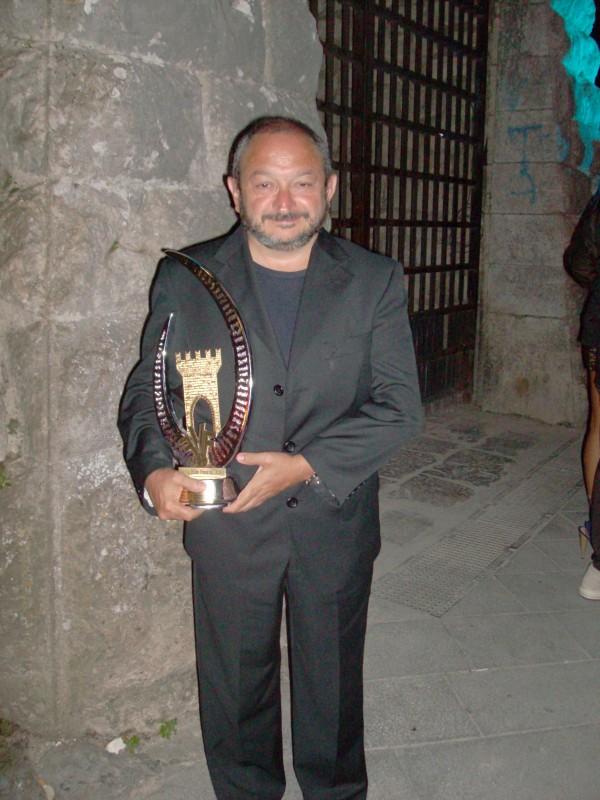 Valva Film Festival 2010. Orfeo Orlando ritira in vece di Giorgio Diritti il premio per la miglior regia per L\'uomo che verrà.