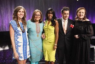 Isaac Mizrahi e Kelly Rowland, protagonisti del programma Fashion Show.