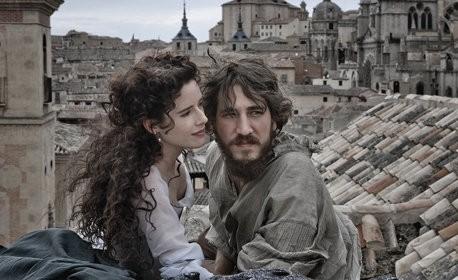 Una prima immagine del film Lope con Alberto Ammann e Leonor Watling