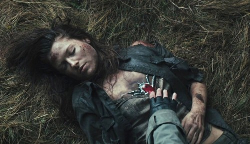 Ali Larter (Claire Redfield) in una scena del film Resident Evil: Afterlife