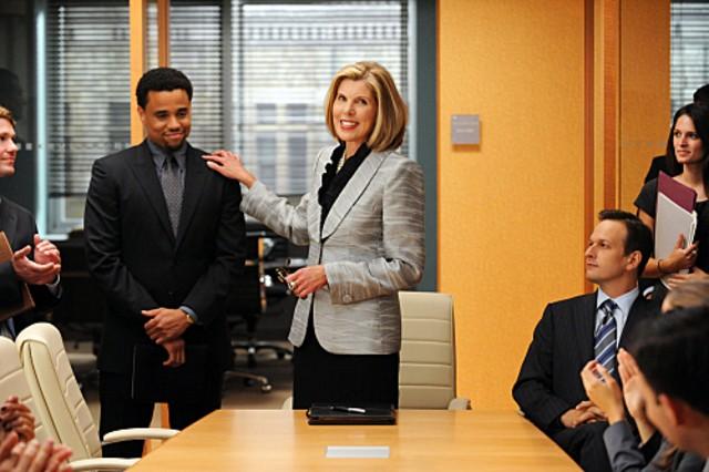 Christine Baranski, Josh Charles e Michael Ealy nell'episodio Taking Control di The Good Wife