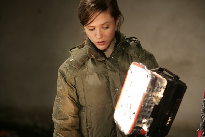 Emily Cox nei panni di Anita nell'horror tedesco Rammbock