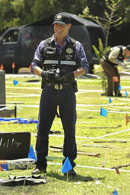 George Eads nell'episodio Shock Waves di CSI