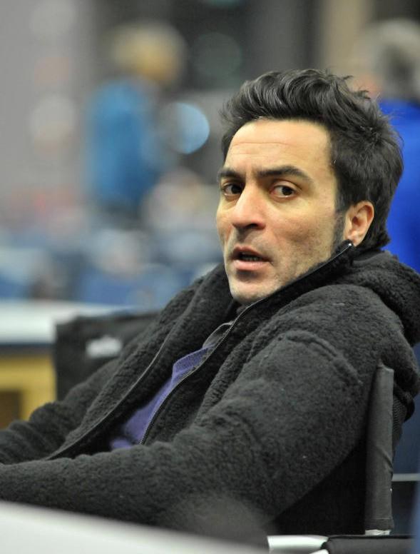 Il regista Saverio Costanzo sul set del suo film La solitudine dei numeri primi