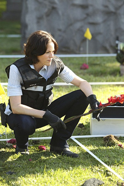Jorja Fox nell'episodio Shock Waves di CSI