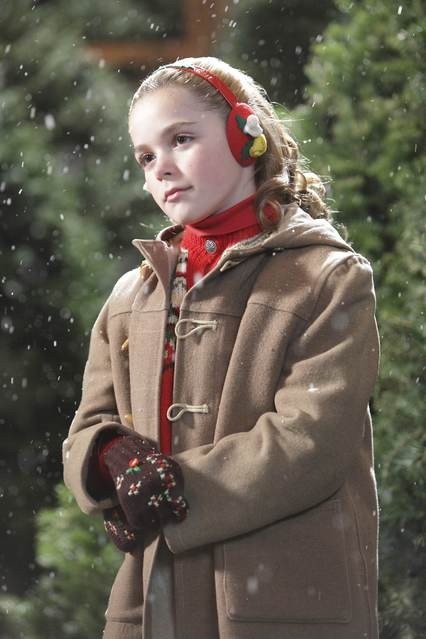 Kiernan Shipka nell'episodio Christmas Comes But Once A Year di Mad Men