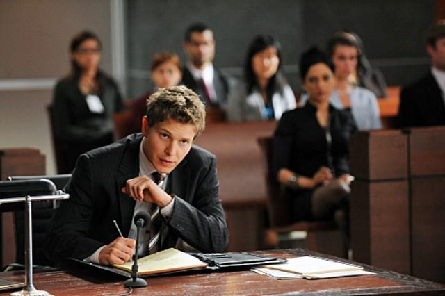 Matt Czuchry nell'episodio Taking Control di The Good Wife