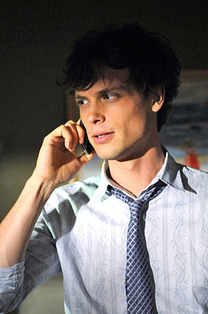 Matthew Gray Gubler nell'episodio The Longest Night, premiere della stagione 6 di Criminal Minds