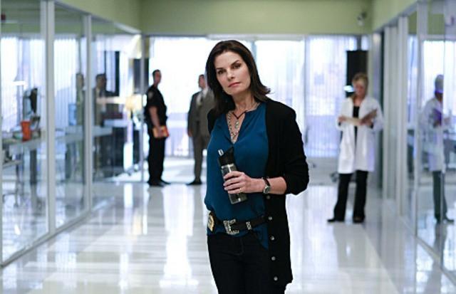 Sela Ward, new entry della serie, nell'episodio The 34th Floor di CSI: New York