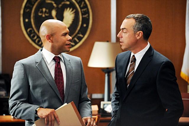 Titus Welliver e Chris Butler nell'episodio Taking Control di The Good Wife