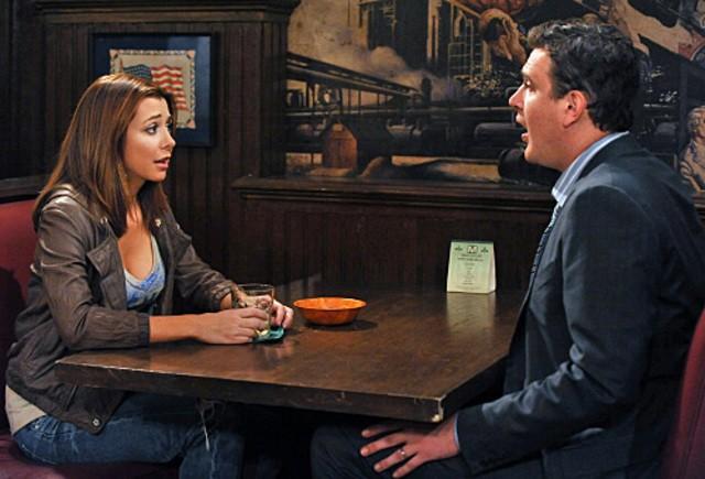 Jason Segel ed Alyson Hannigan nell'episodio Big Days, premiere della stagione 6 di How I Met Your Mother